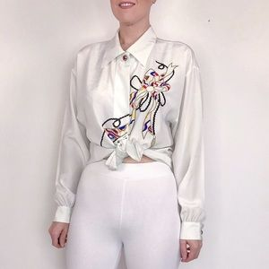 Vintage white embroidered ribbon design blouse